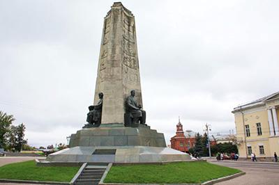 Владимир: Памятник восемьсотпятидесятилетия города