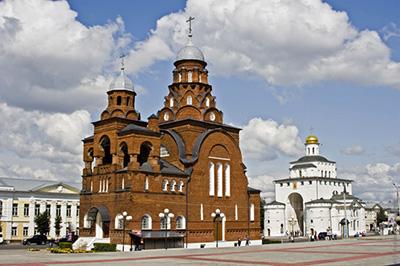 Владимир: Троицкая церковь и Музей хрусталя