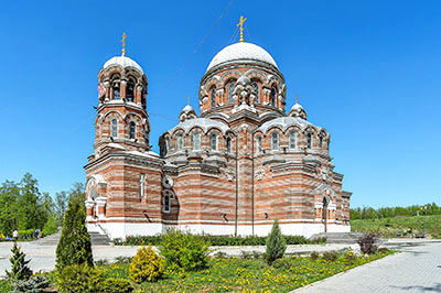 Коломна: Церковь Пресвятой Троицы в Щурово